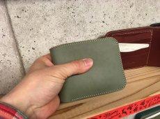 画像4: シンプルisベスト!スタンダード二つ折り財布!本革折財布 (4)