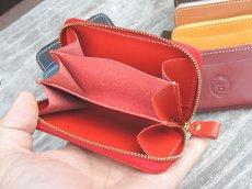 画像2: ポケットにすっぽり収まるラウンドファスナーコンパクトウォレット!本革ミニ財布 (2)